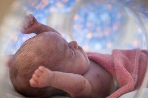 Dieťatko porodené v 24.týždni tehotenstva (zdroj: sme.sk)